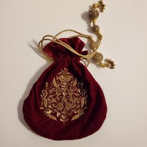 Red Velvet Sack w/Gold Detail and Tassels